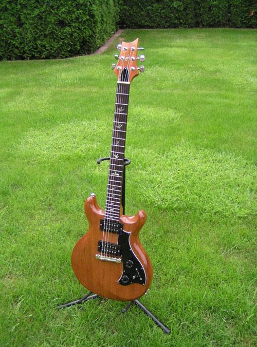 Gitarre-mira