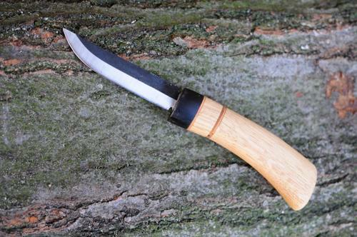 Messer_mit_Kohlenstoffklinge1