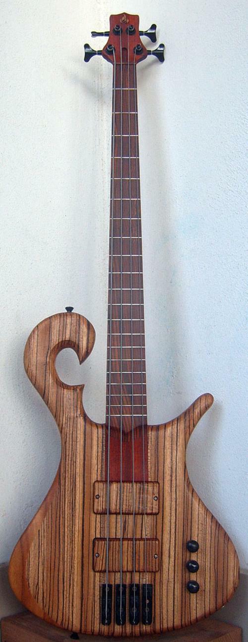 bass4saitig4