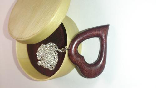 Halskette mit Herzanhanger