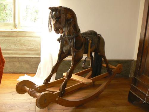Skulpturen aus heimischen Holzern2