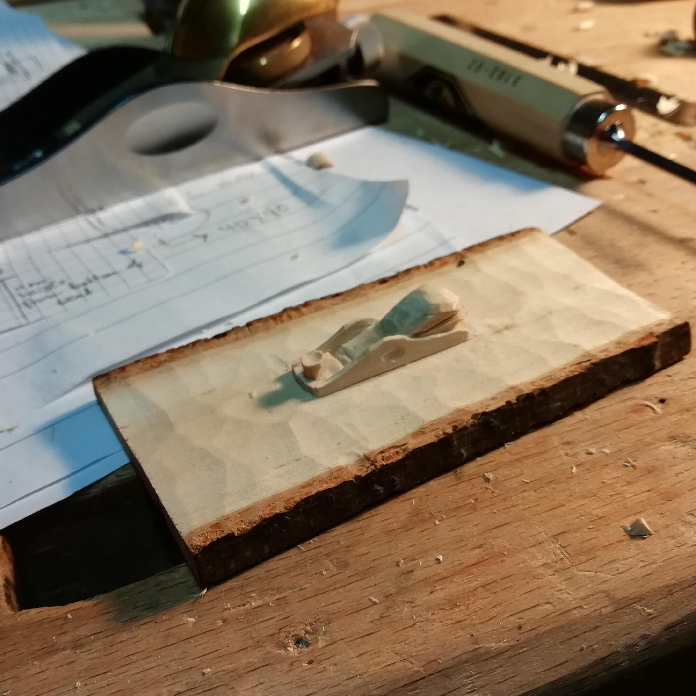 Blattbreite 0,60 mm 12 Stück Pégas Laubsägeblatt MGT